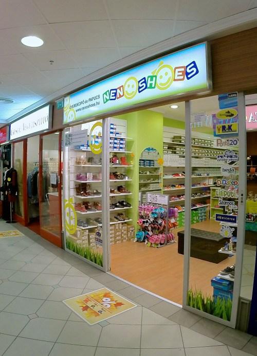Bennfentes forgalomnövelési útmutató - Neno Shoes bejárat